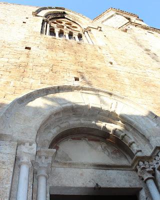 Iglesia de Sant Vicent en Besalú