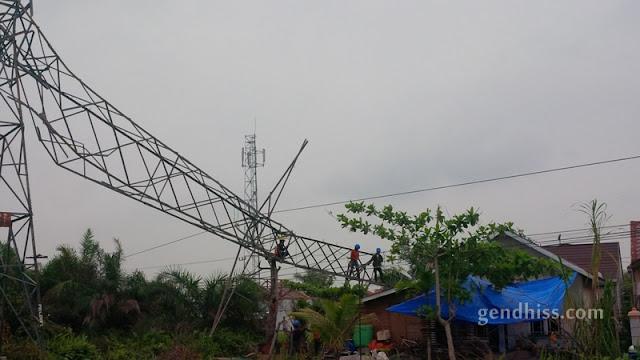 Pemadaman Bergilir Karena Tower Transmisi Roboh