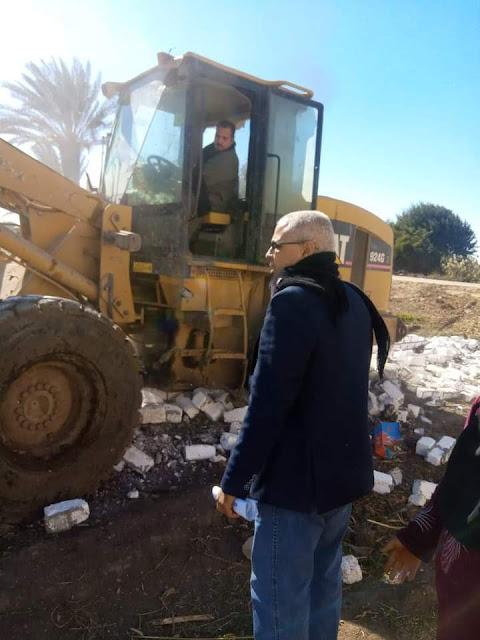 إزالة التعديات على الأراضي الزراعية بمركز سمالوط بالمنيا