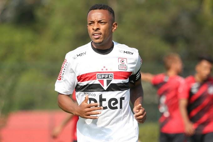 Joia 2021: experiente na base, lateral-esquerdo espera por chances no São Paulo de Diniz