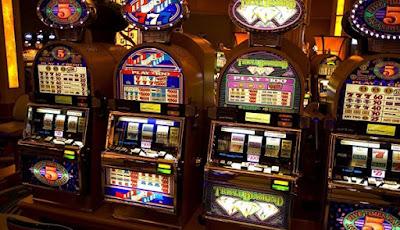 Mesin Uang Asli Situs Judi Slot Jackpot Berlimpah