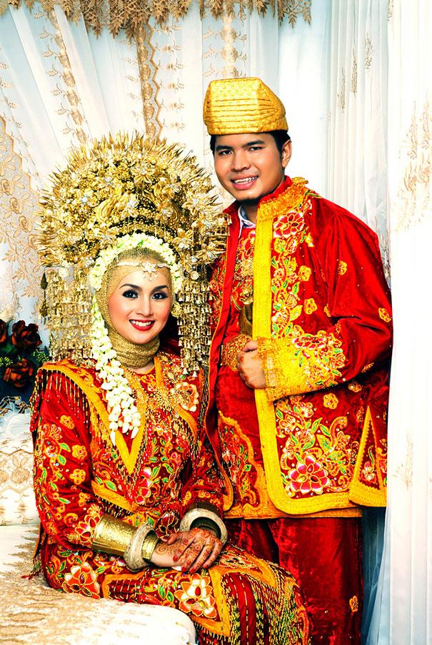 Real World Fatos Veja Como Os Noivos Se Vestem Redor Do Mundo-7787
