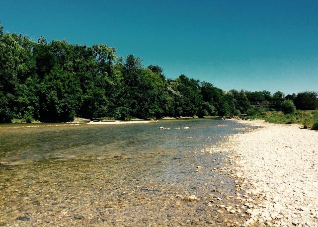 ラサタが訪れた川の写真