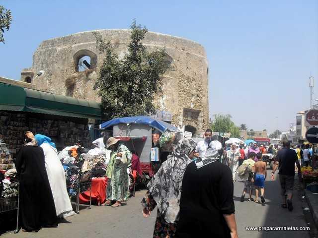 zocos por las medinas en ciudades de Marruecos