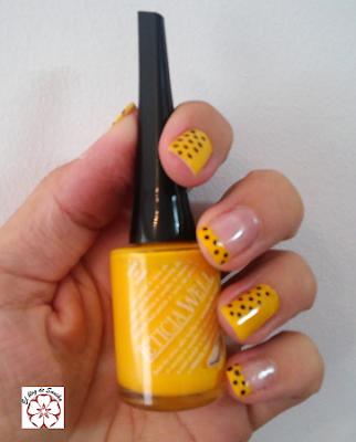 esmalte amarillo
