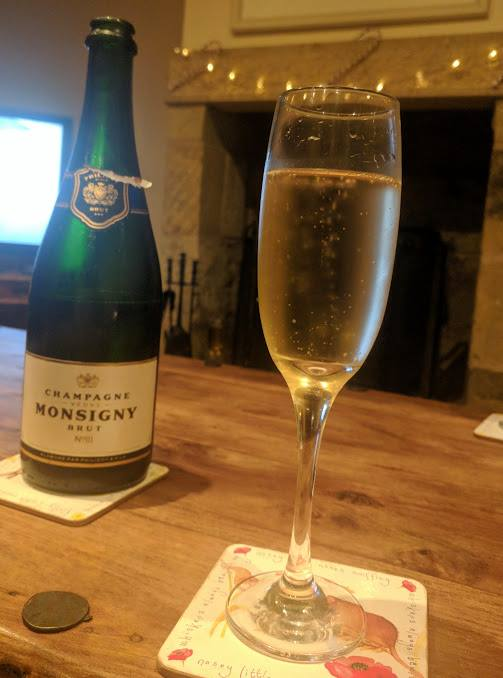 How to Plan a Slower December  - Champagne
