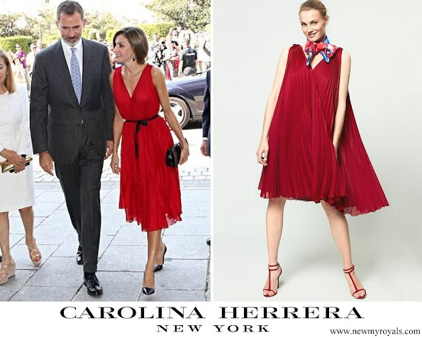 Queen Letizia wore Carolina Herrera dress from Pre Fall 2017 Collection