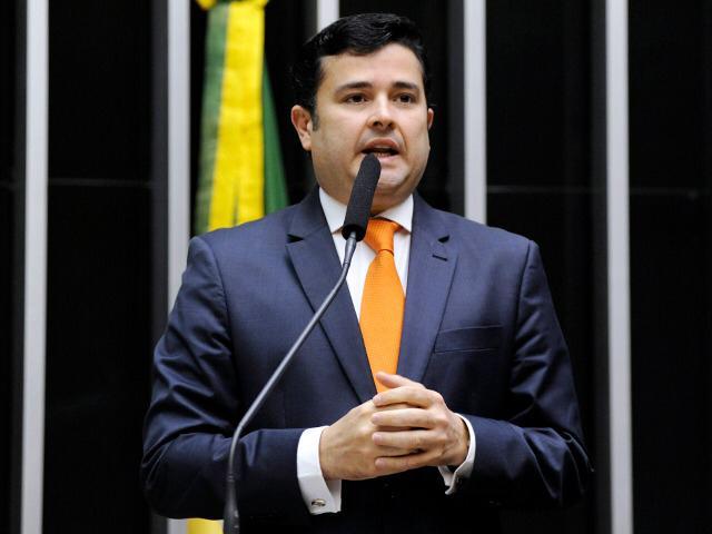 Projetos de Eduardo da Fonte podem se tornar novo programa social de distribuição de renda do Governo Federal