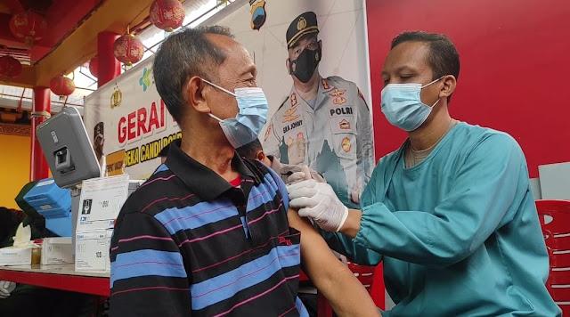 Vaksinasi Massal dilaksanakan Polres Purbalingga di Klenteng Hok Tek Bio