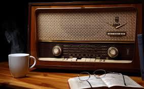 http://gootex.blogspot.com/2015/09/perkembangan-teknologi-radio.html