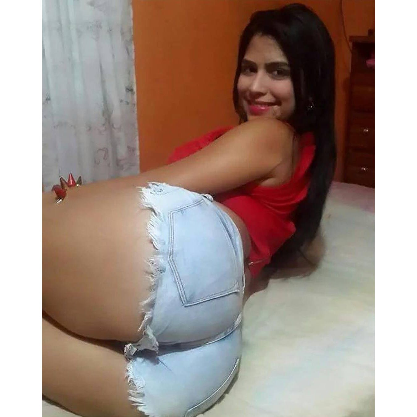 teenager nalgona