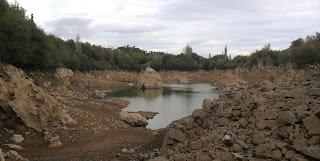 Pozo Ostión casi sin agua, La Arboleda, Trapagaran, Bizkaia