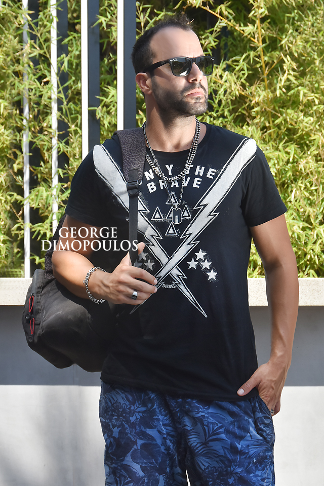 ΦΩΤΟΓΡΑΦΙΣΗ ΜΟΔΑΣ MODEL BOOK ΣΤΟΥΝΤΙΟ ΜΟΝΤΕΛΑ Fashion Model Photoshoot by George Dimopoulos