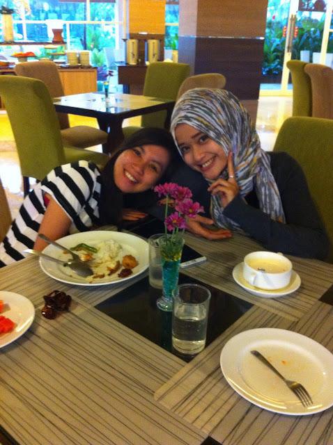 hotel-syariah-solo, Hotel Syariah Solo, Hotel bernuansa Islami, review hotel di solo, jalan-jalan asyik di solo, hotel nyaman yang ada di solo