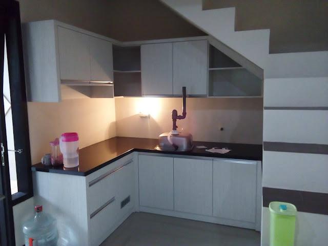 kitchen set Bawah tangga surabaya-sidoarjo