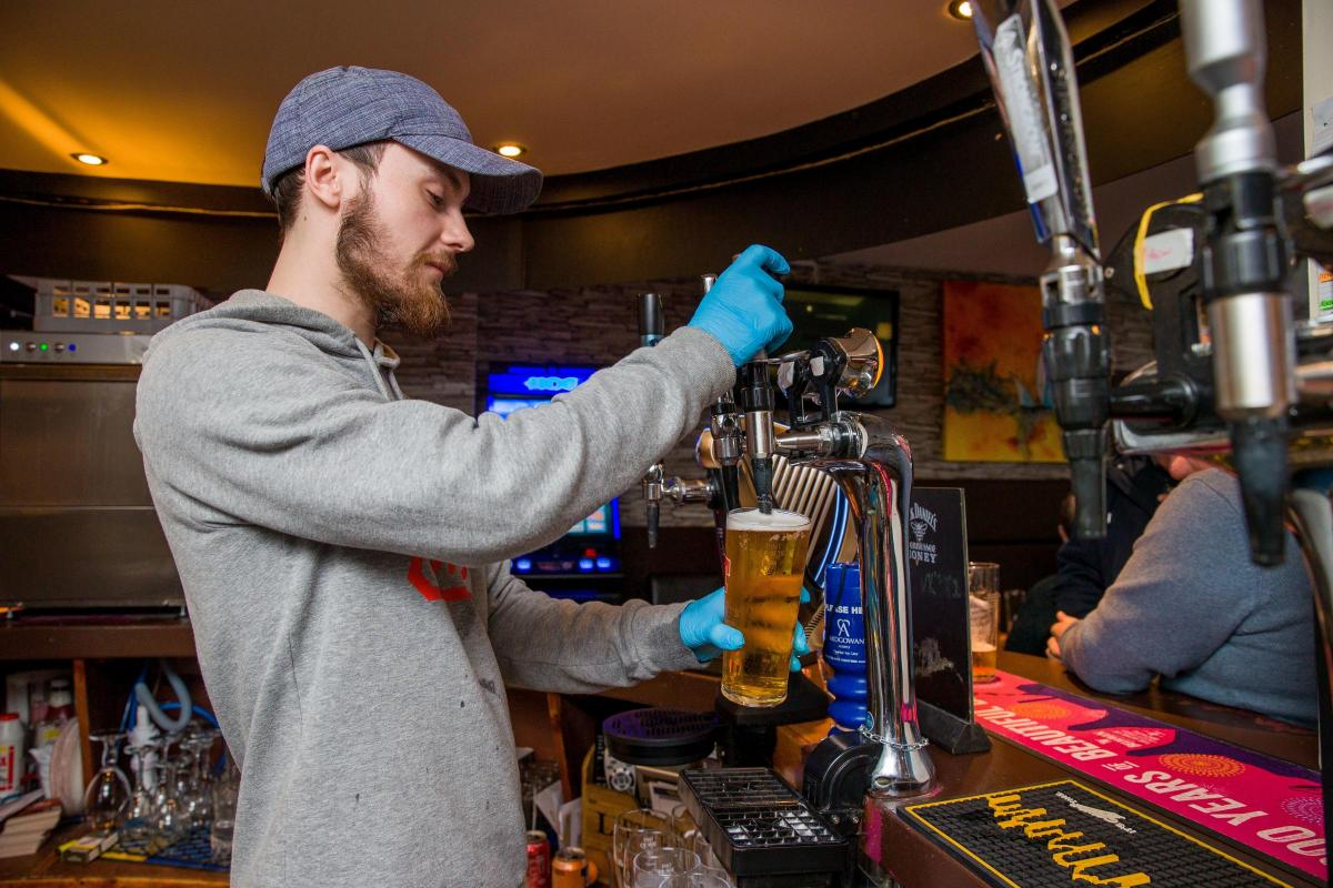 Cheers pub Greenock