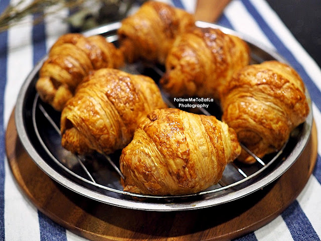 THE LOAF FROZEN CROISSANT DANISH PACK ON SHOPEE NOW