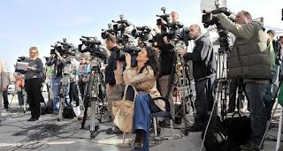 Gazeteci Mesleğinin İngilizce Tanıtımı