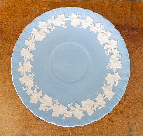 Wedgewood Etruria Barlaston blue white Wedgewood china saucer plate