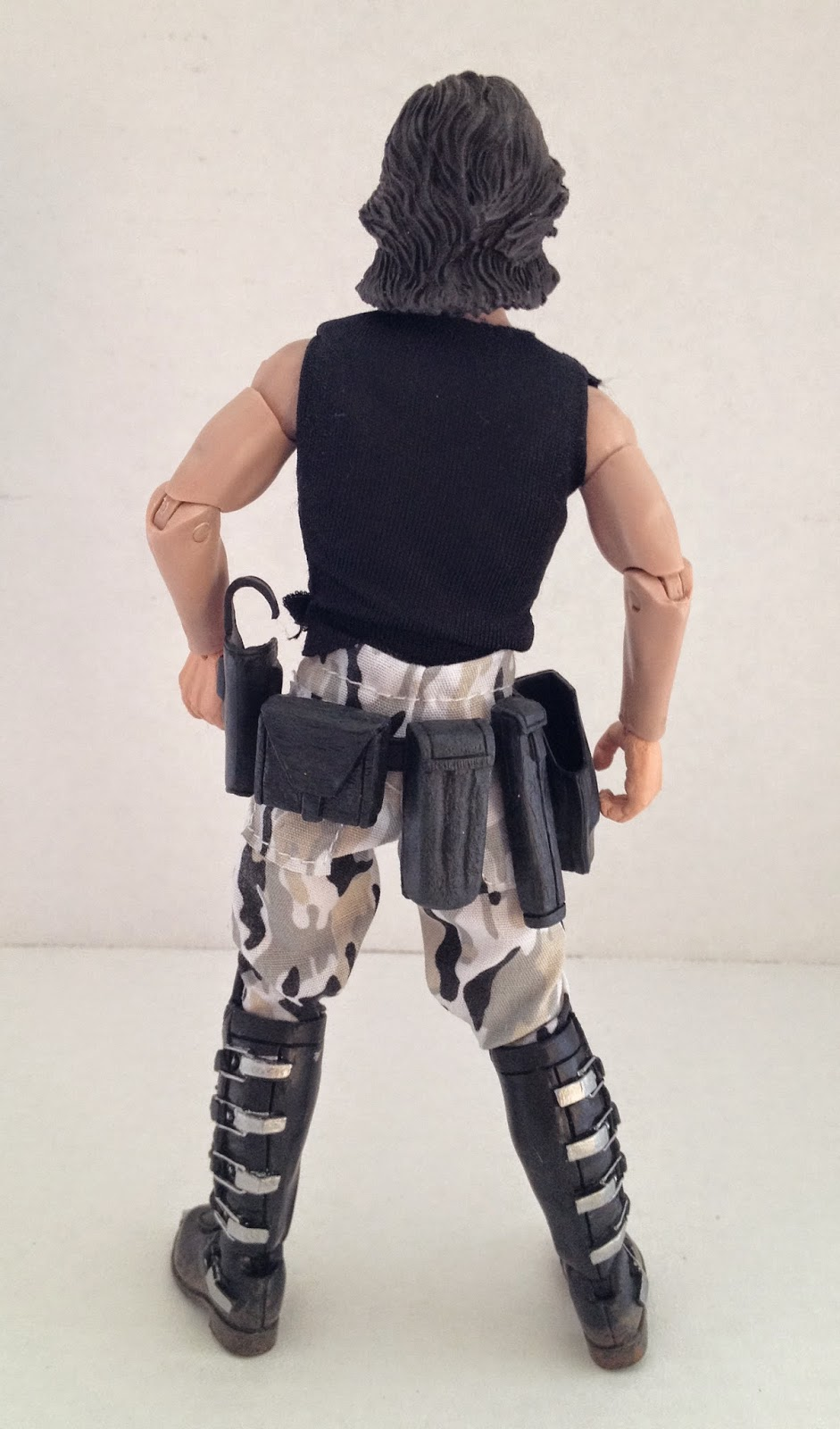 4f8da9054e4de As you can see in the photograph above, Snake's cobra tattoo is tampo  printed on his midriff. It's an essential detail and NECA's inclusion of it  ...