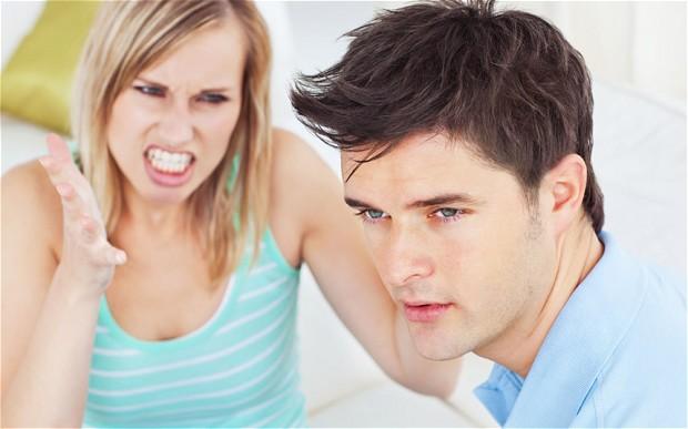 15 Sikap Ini Menandakan Dia Tak Serius Mencintaimu