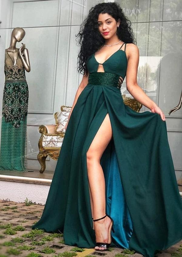 vestido de festa longo verde esmeralda com fenda para madrinha de casamento