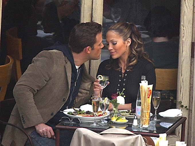 Jennifer Lopez And Ben Affleck In Public Display Of Affection While On A Date