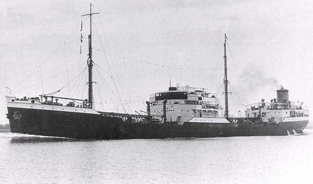 Dutch tanker Oscilla, sunk on 16 March 1942 worldwartwo.filminspector.com