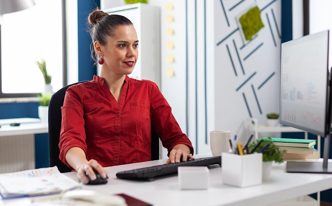 How to Adopt a Healthy Lifestyle When You Have a Desk Job?