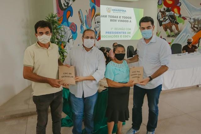 Boletos do Garantia Safra são entregues pela Prefeitura de Araripina