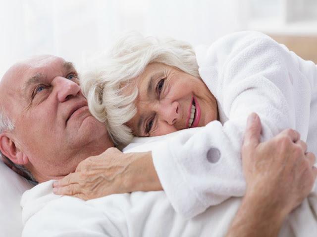 Anualmente el IMSS brinda más de 700 mil atenciones por menopausia en sus tres niveles de servicio. Internet
