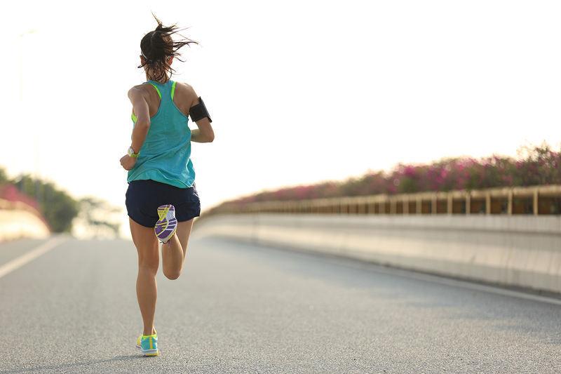 Os exercícios físicos são extremamente benéficos nesse momento, mas é necessário tomar cuidado redobrado ao realizá-los enquanto usamos máscaras,