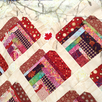 http://quiltersenjoycolor.blogspot.ca/2017/02/canadian-heart-part-1-layout-cutting.html