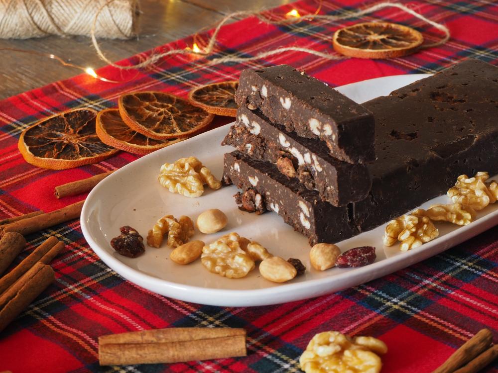 Turrón de chocolate casero sin azúcar1