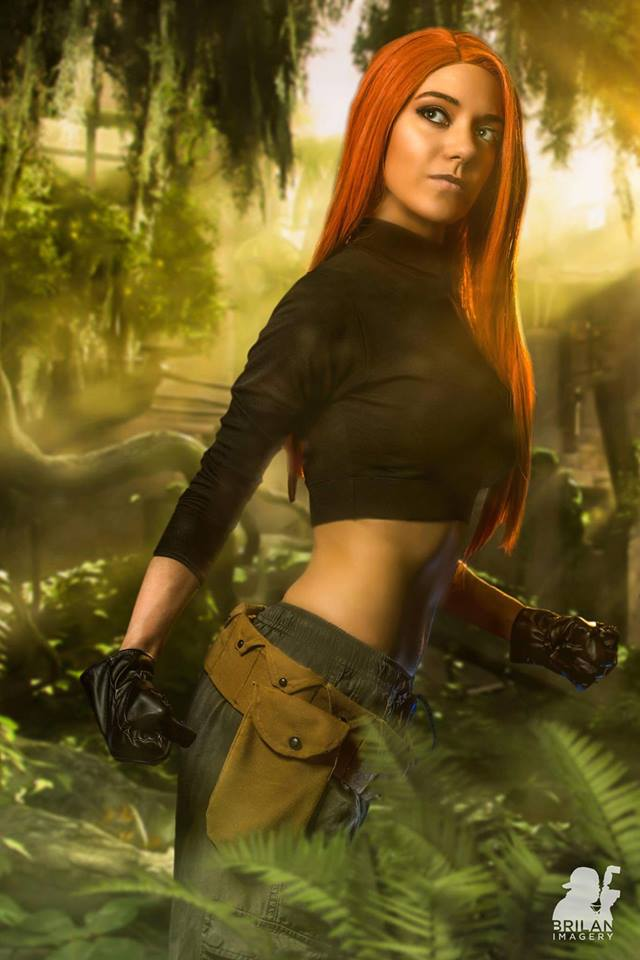 Kanína con su cosplay de Kim Possible