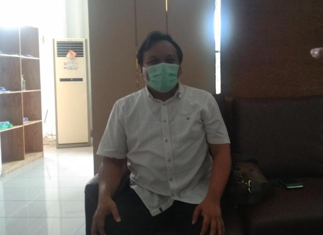 Direktur RSUD Tamiang Layang Tegaskan, Rapid Test dan Swab dikenakan Biaya Sesuai Kemenkes. Untuk yang Gratis Ini prosedurnya!