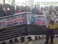 Pendeta Pimpin Warga Demo Tolak Minuman Keras di Mimika