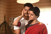 Policeodu Movie Stills-thumbnail-1