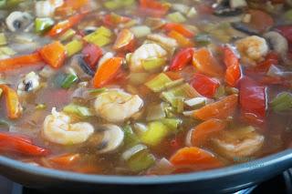 https://bijlon.blogspot.com/2019/05/chinese-groenteschotel-met-garnalen.html