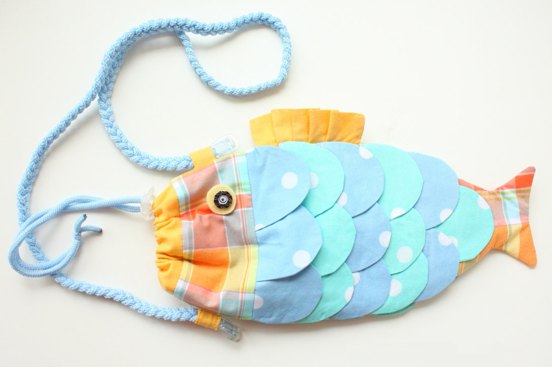 Fish bag tutorial diy tutorial ideas for Fish in a bag