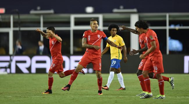 Perú derrota a Brasil y lo deja fuera de la Copa America Centenario