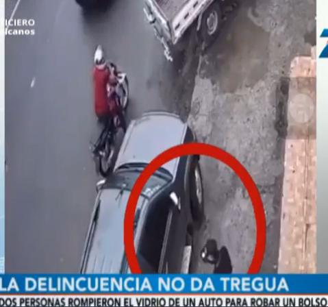 Captan ladrones robando bolsos en automóviles estacionados en Los Alcarrizos y SDO