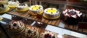 https://www.mafiaharga.com/2019/11/harga-kue-holland-bakery.html