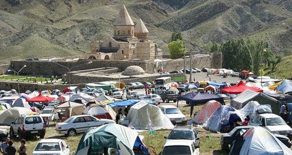 Más de 3.000 armenios peregrinan al monasterio de San Tadeo