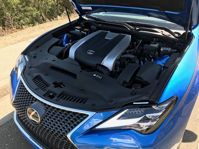 Engine of the 2019 Lexus RC 350