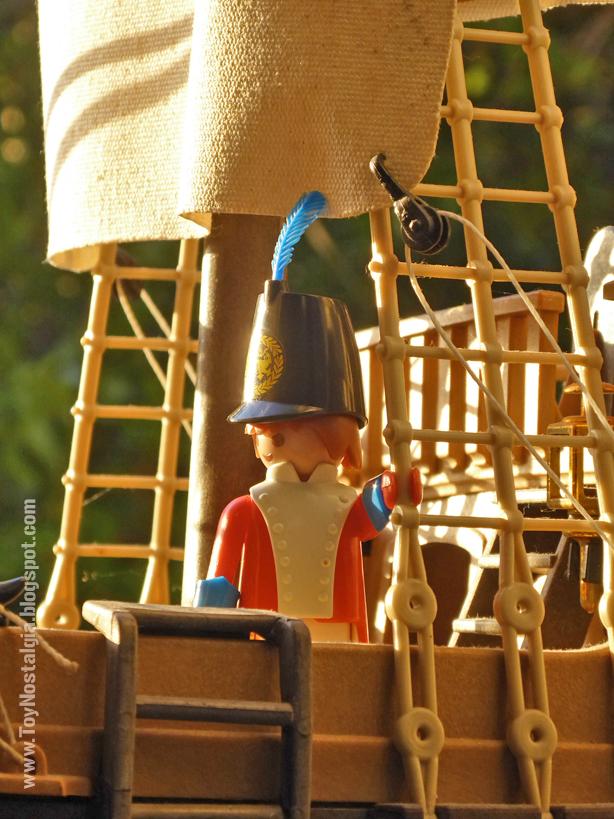 Playmobil 3544, Casaca Roja, infante de Marina de la Corona británica.  (Playmobil 3544 - redcoats)