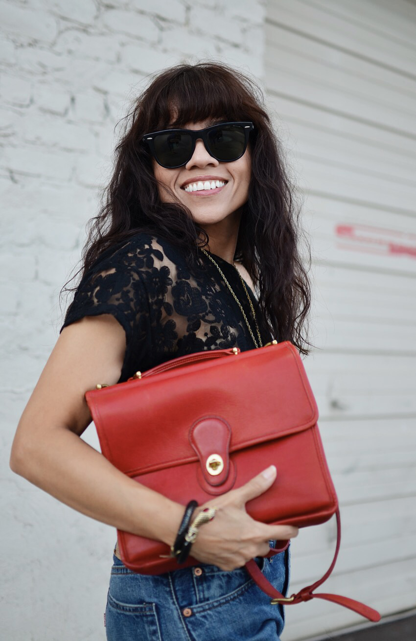 Messenger bag street style