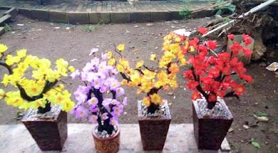 Gambar Aneka Bunga Artificial Berbagai Warna