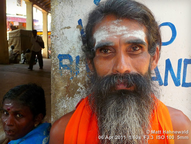 close up, street portrait, headshot, people, India, Tamil Nadu, Tiruchendur, sadhu, religious ascetic, holy man, temple, moksa, yoga, renunciation, Hinduism