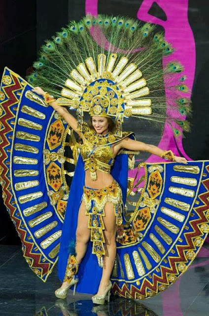 Constanza Báez finalista de Miss Universo 2013